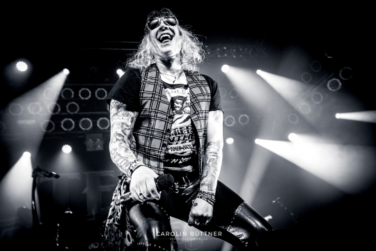 Steel-Panther_200120_00007