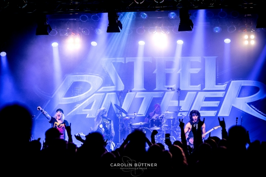 Steel-Panther_200120_00024